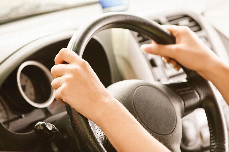 交通事故の後処理を当事者間で解決するとトラブルの原因に