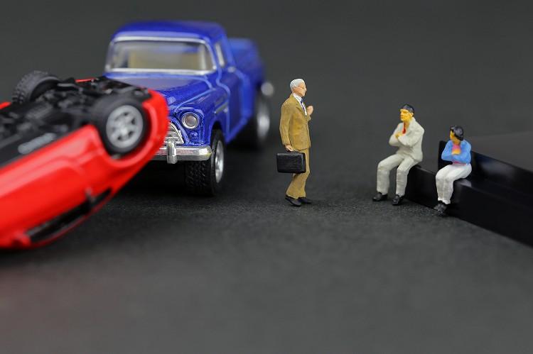対人補償保険の前に知っておくべきこと