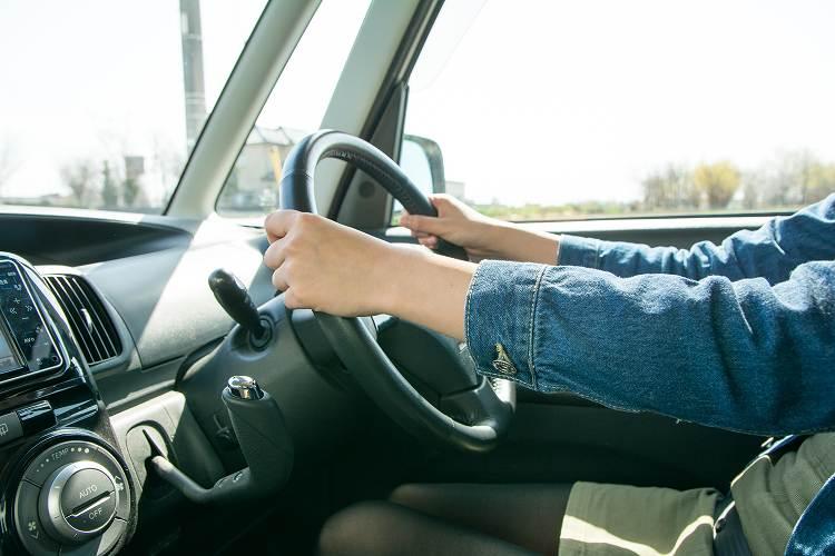 事故の状況によって適用される保険が決まる