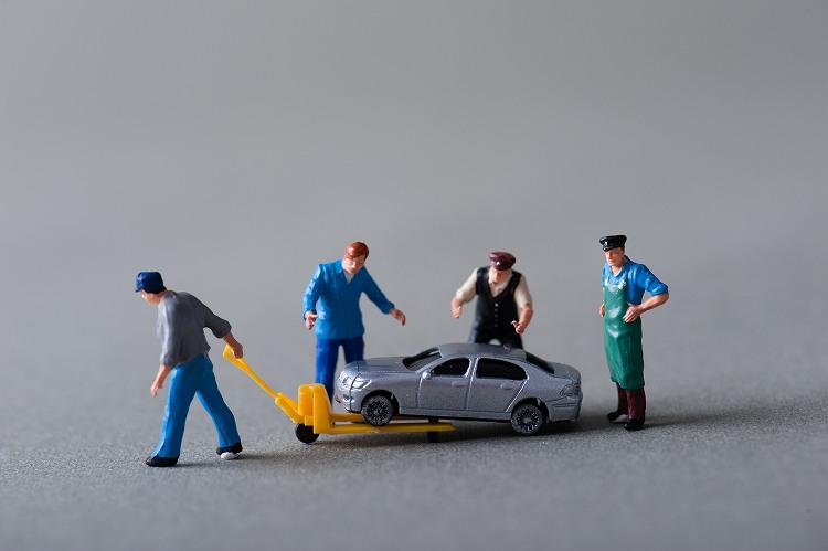 自賠責保険の補償範囲と保険料について
